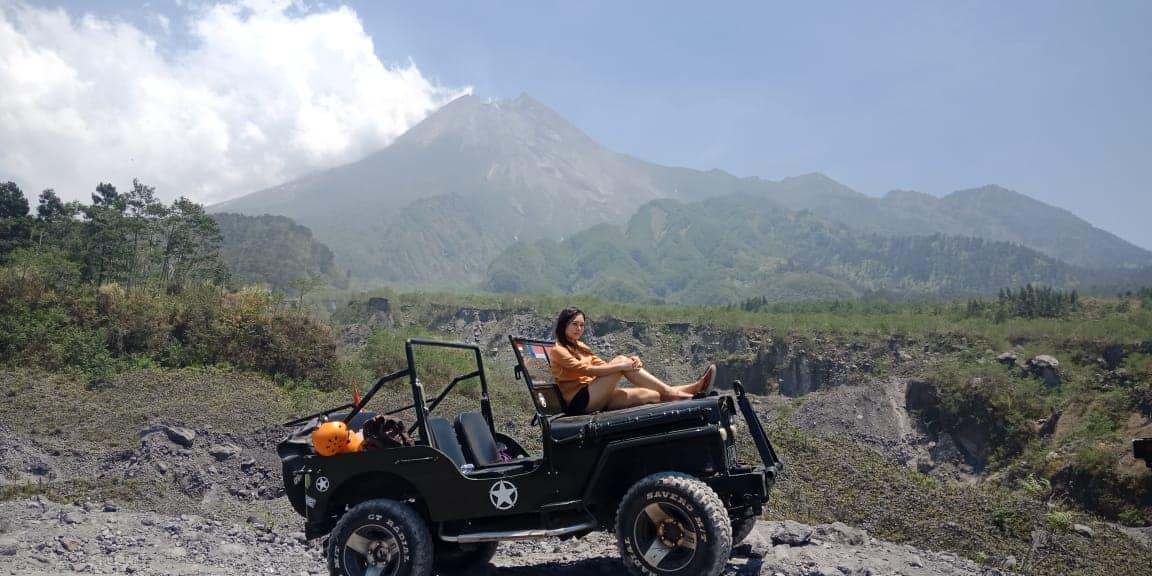 Jeep Merapi – Prambanan Temple & Body Rafting Pindul Cave