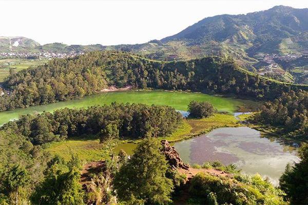Dieng Plateau Paradise Tour